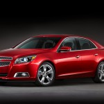 Фото красного Chevrolet Malibu