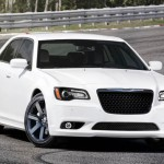 Фото Chrysler 300 SRT8