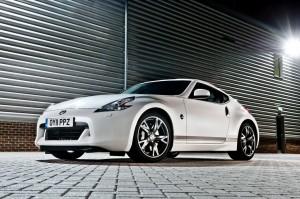 Фото вид спереди Nissan 370Z GT Edition