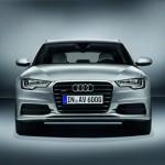 Фото вид спереди Audi A6 Avant