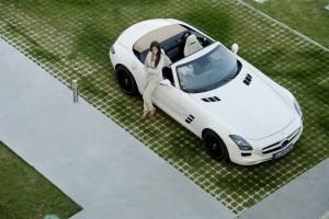 Фото Mercedes SLS AMG Roadster