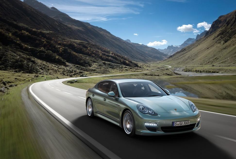 Дизельный Porsche Panamera Diesel