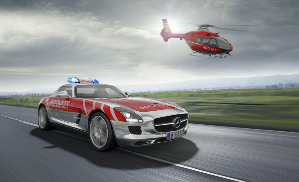 Фото скорой помощи Mercedes-Benz SLS AMG
