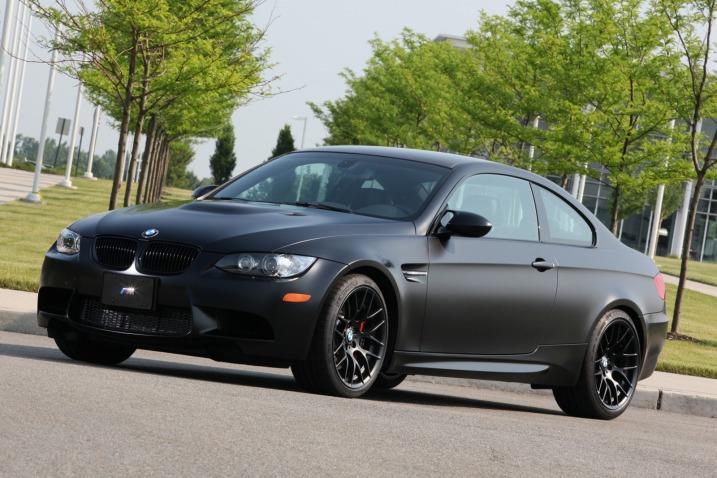 Фото BMW M3 Coupe Frozen Black Edition, вид спереди