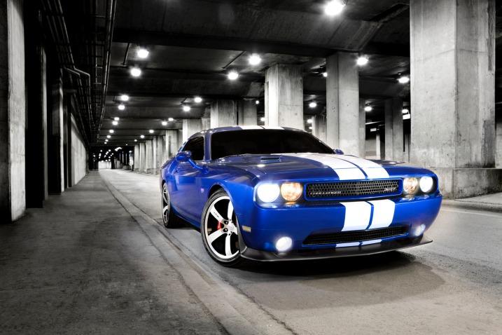 Фото 2011 Dodge Challenger SRT8 392
