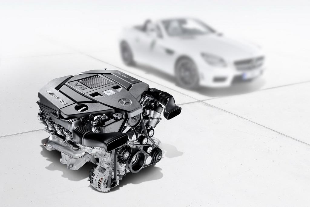 Фото Mercedes SLK AMG и новый двигатель  M152