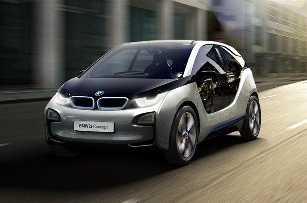 Фото BMW i3: вид спереди