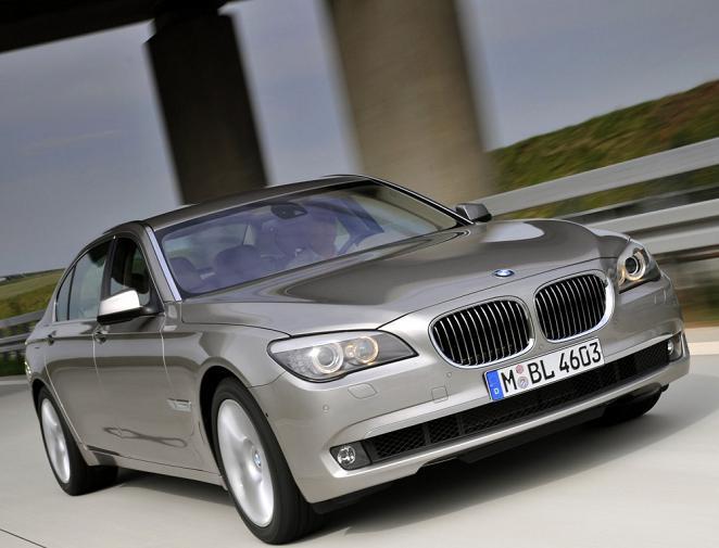 Фото BMW 750Li