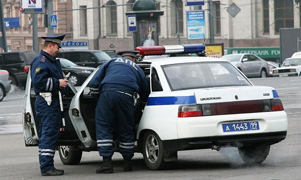 права водителя и сотрудника гибдд Москва