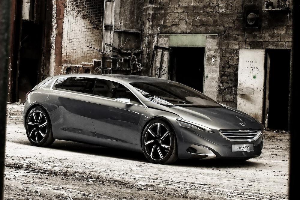 фото минивэн Peugeot 2011