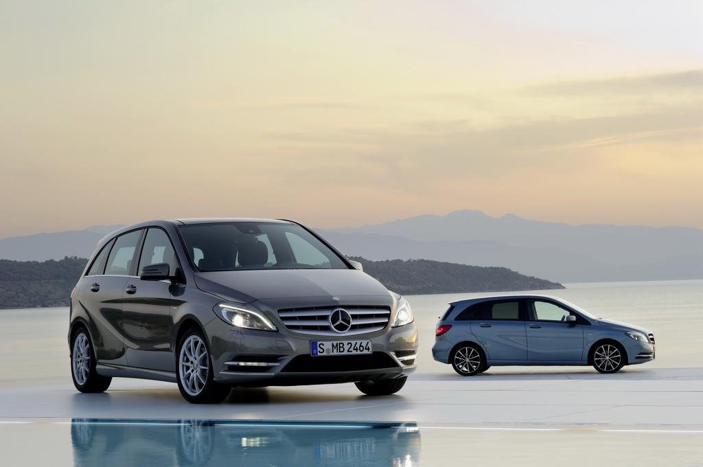 Фото нового поколения  Mercedes B-класса