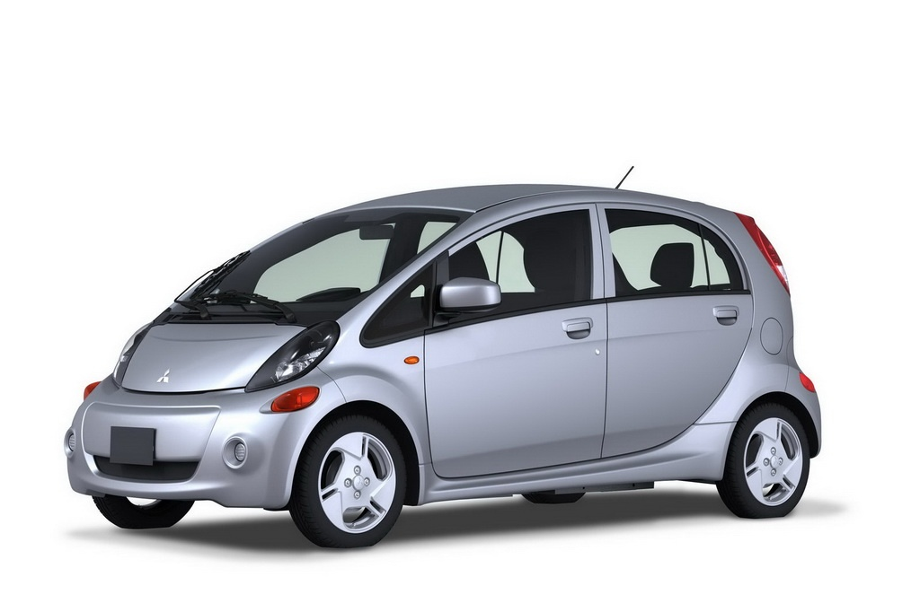 Фото американской версии Mitsubishi i-MiEV