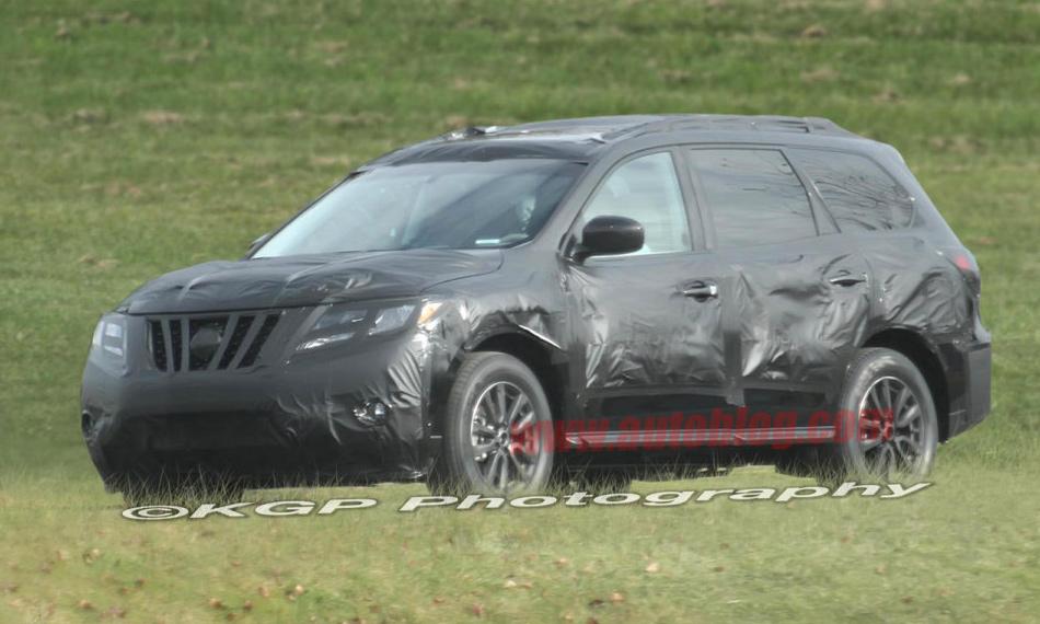 Появились шпионские фото Nissan Pathfinder следующего поколения