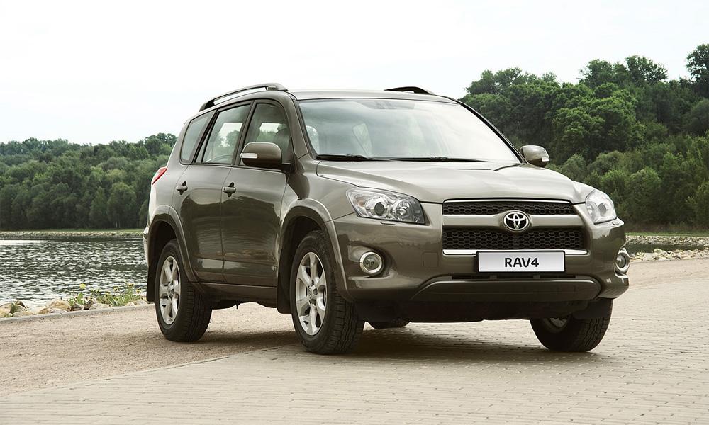 Toyota в полтора раза увеличила продажи в России