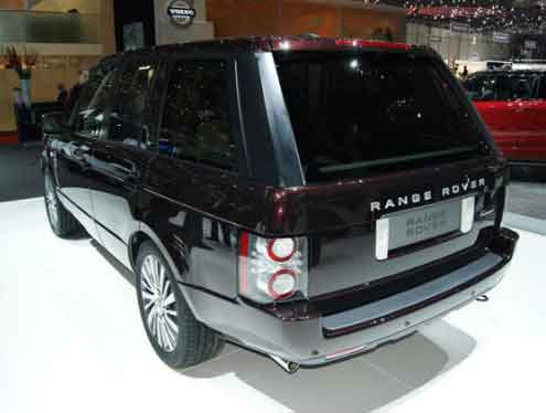 Land Rover отпраздновал юбилей спецверсиями Range Rover