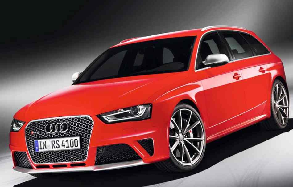 Audi привезет в Женеву новы Audi RS4 Avant
