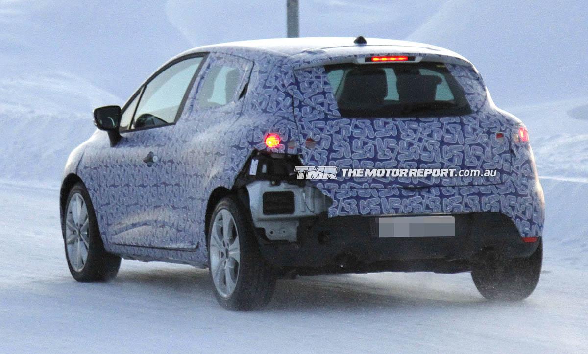 Renault приступил к обкатке нового поколения Clio