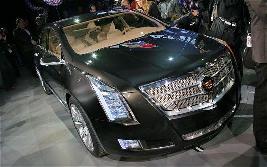 Cadillac будет сообщать об опасности вибрацией