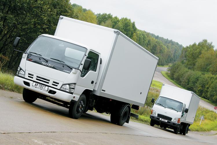 УАЗ опять возьмется за японские грузовики