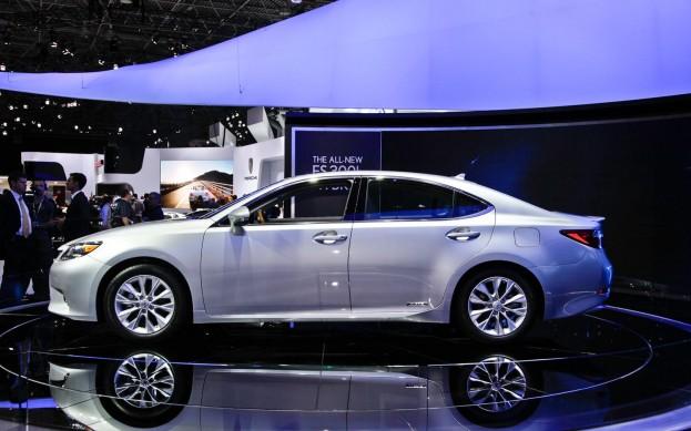 Новое поколение Lexus ES в Нью-Йорке
