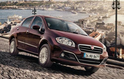 Компания Fiat показала фотографии обновленного седана Linea