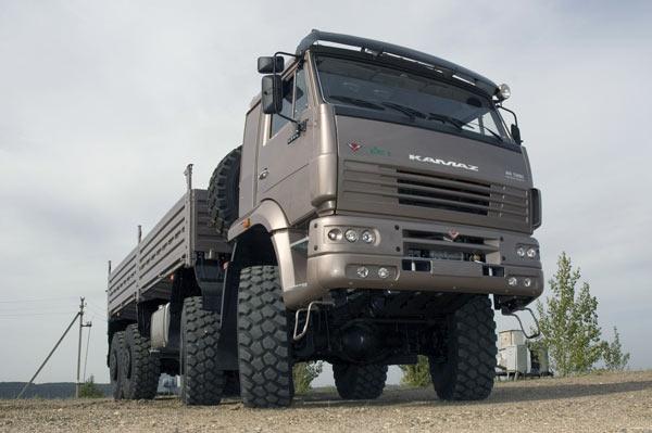 Daimler AG не будет увеличивать свою долю в «Камазе» в этом году