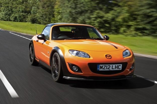 Mazda покажет «прокачанную» версию культового MX-5