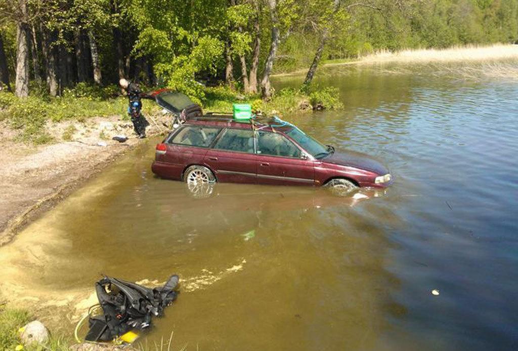 Subaru провела под водой три месяца и завелась