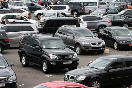 На протяжении первых шести месяцев 2012 года поднялась продажа автомобилей с пробегом