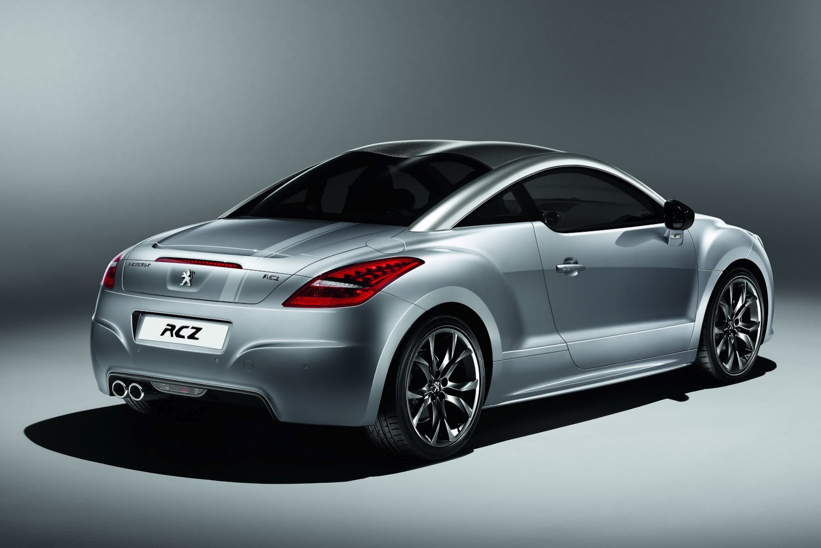 Peugeot выпустил спецверсию модели RCZ - Onyx