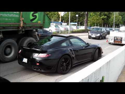 Проходит завершающий этап тестов на дороге модель спорткара Porsche 911 Turbo