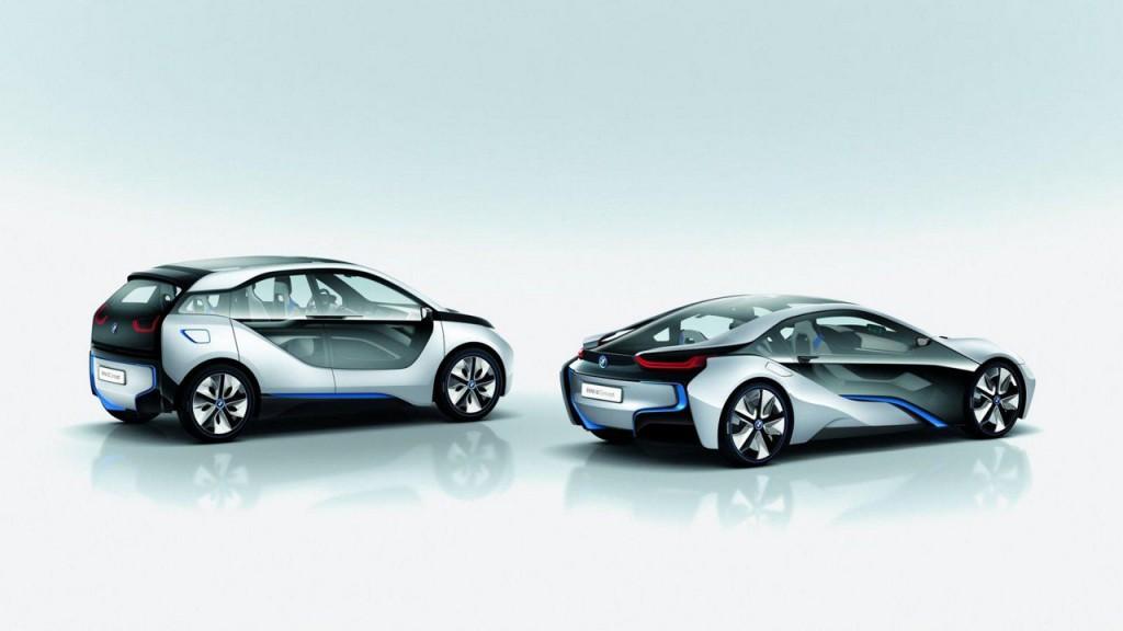 На российский рынок BMW выведет суперкар-гибрид и электромобиль