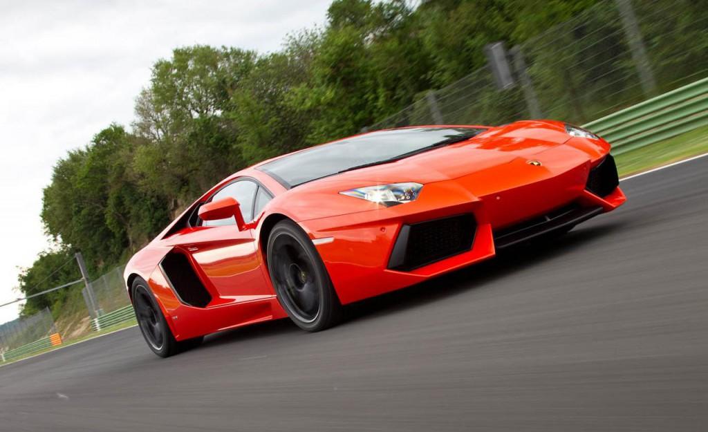 Стартовал прием заказов на обновленный Lamborghini Aventador