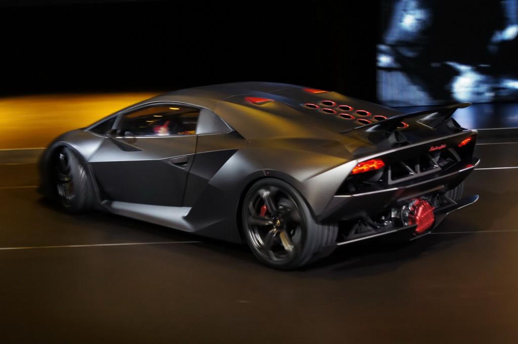 Свое 50-летие Lamborghini планирует отметить новой моделью