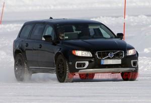 Volvo XC90 2015 года засветился на фото