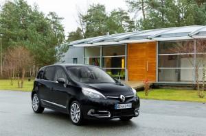 На российском рынке появился новый Renault Scenic