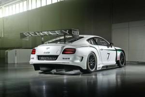 Состоялся дебют гоночного Bentley Continental GT3