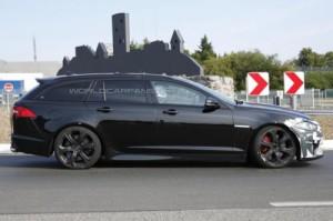 Фотошпионы «словили» Jaguar XFR-S Sportbrake