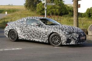 В конце осени дебютирует новый Lexus RC