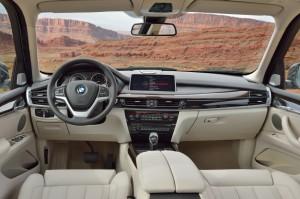 Новый BMW X5 встал на конвейер