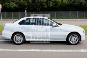 Новое поколение Mercedes-Benz C-Class станет значительно легче