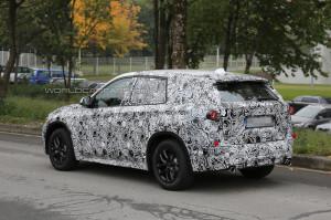 Новый BMW X1 станет переднеприводным