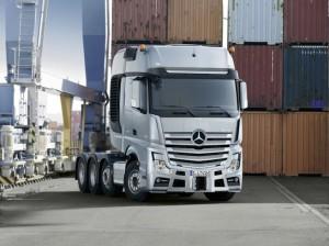 Mercedes-Benz представил две новых модификации «тяжеловесов» SLT – Actros и Arocs