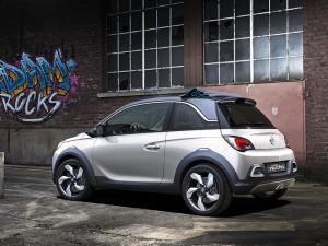 Концепт компакт-кроссовера Opel Adam Rocks станет серийным