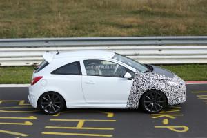Фотошпионы «словили» новый Opel Corsa OPC во время тестирования