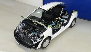 Прогрессивный Peugeot 208 HYbrid FE получил 108-сильную гибридную систему