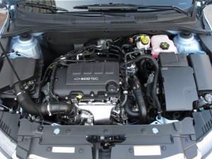 Chevrolet Cruze получит новый 1,4-литровый турбомотор