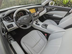 Новый Kia Quoris-K900 получил 5-литровый V8 (+фото)