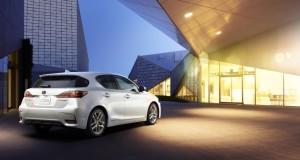 В конце месяца состоится дебют рестайлингового Lexus CT200h