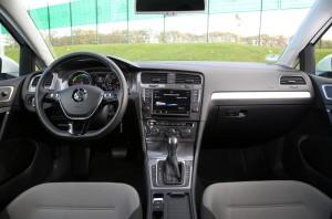 VW e-Golf едет в Лос-Анджелес